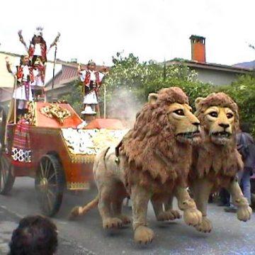 carroza para cabagata con leones