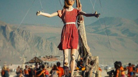 contratar marioneta gigante