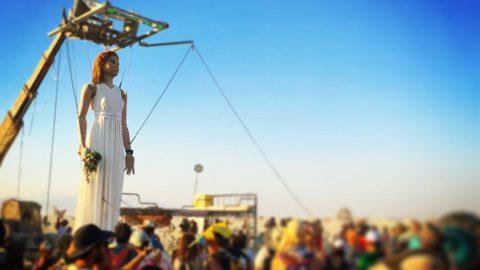 marioneta gigante euterpe articulada