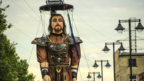 marioneta gigante para desfiles