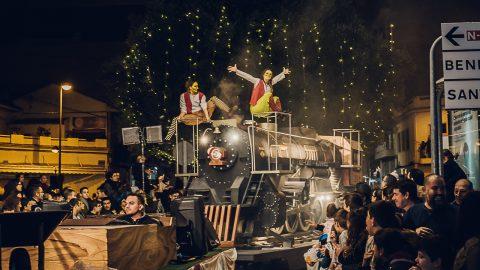 tren a vapor para espectáculos